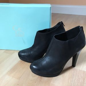 Jessica Simpson Leather Ankle Bootie Black